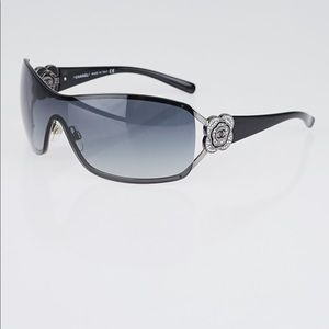 CHANEL Vintage Flower Camellia Sunglasses Black